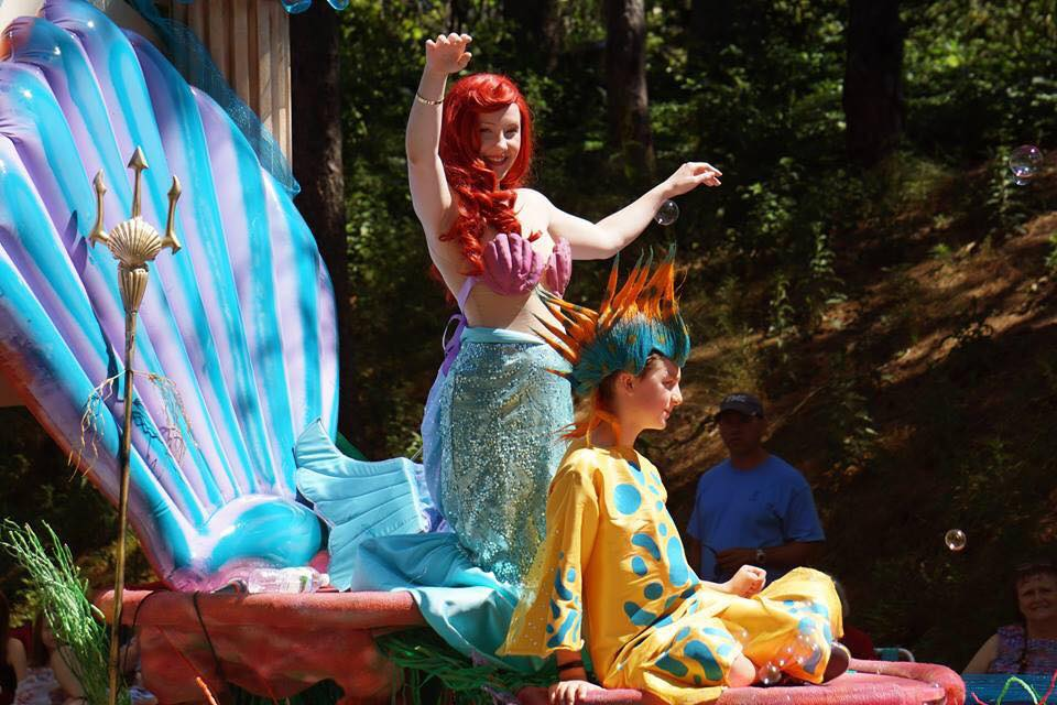 Company Theatre 'The Little Mermaid' Hingham Parade