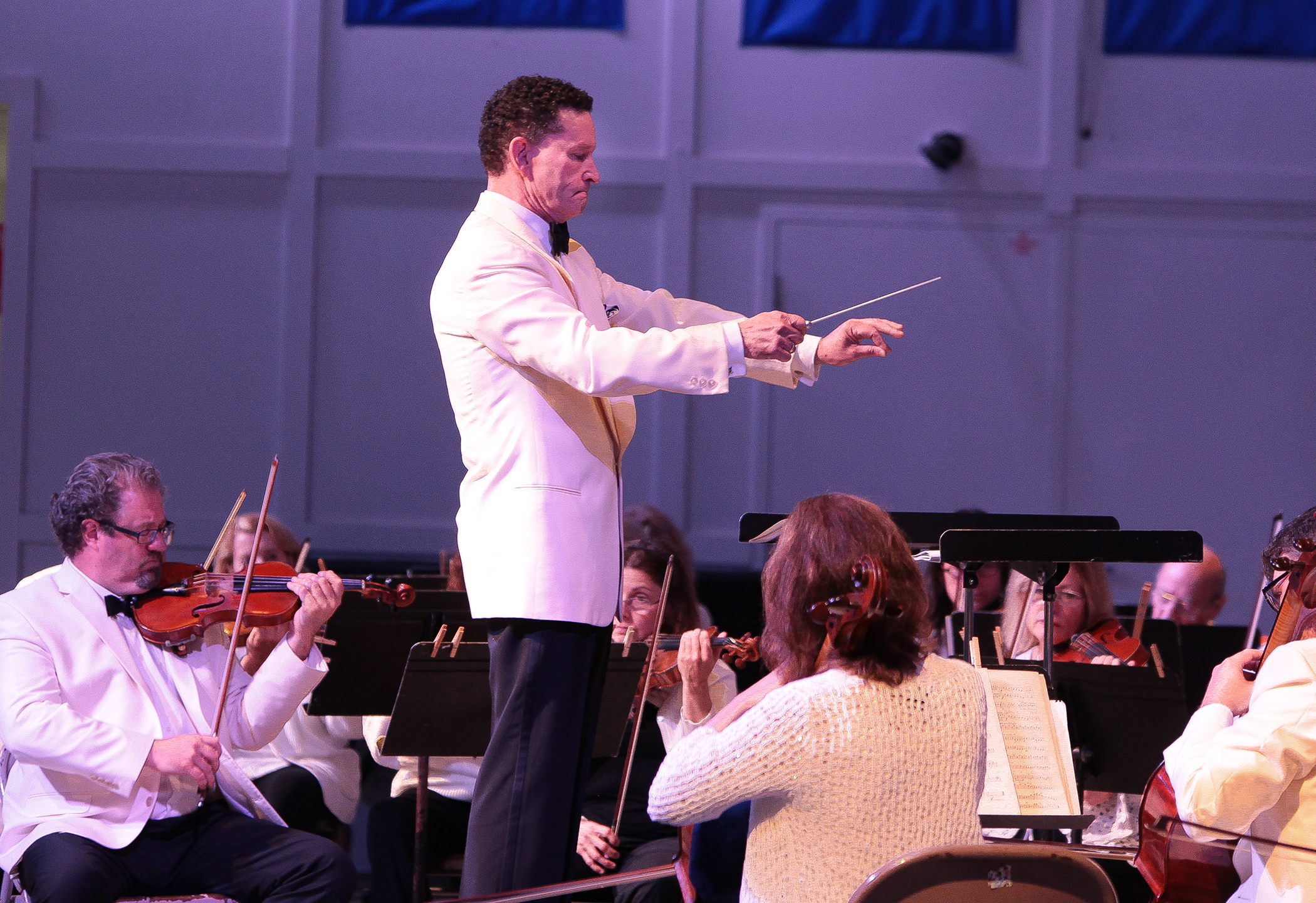 South Shore Conservatory - EUS-Orchestra-2017-Nicholas-Palmer-conductor-by-Denise-Maccaferri