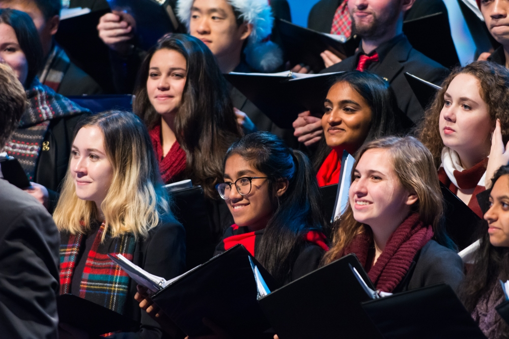 Harvard Radcliffe Collegium Musicum performs in Tis the Night (Sam Brewer - WGBH) (1)