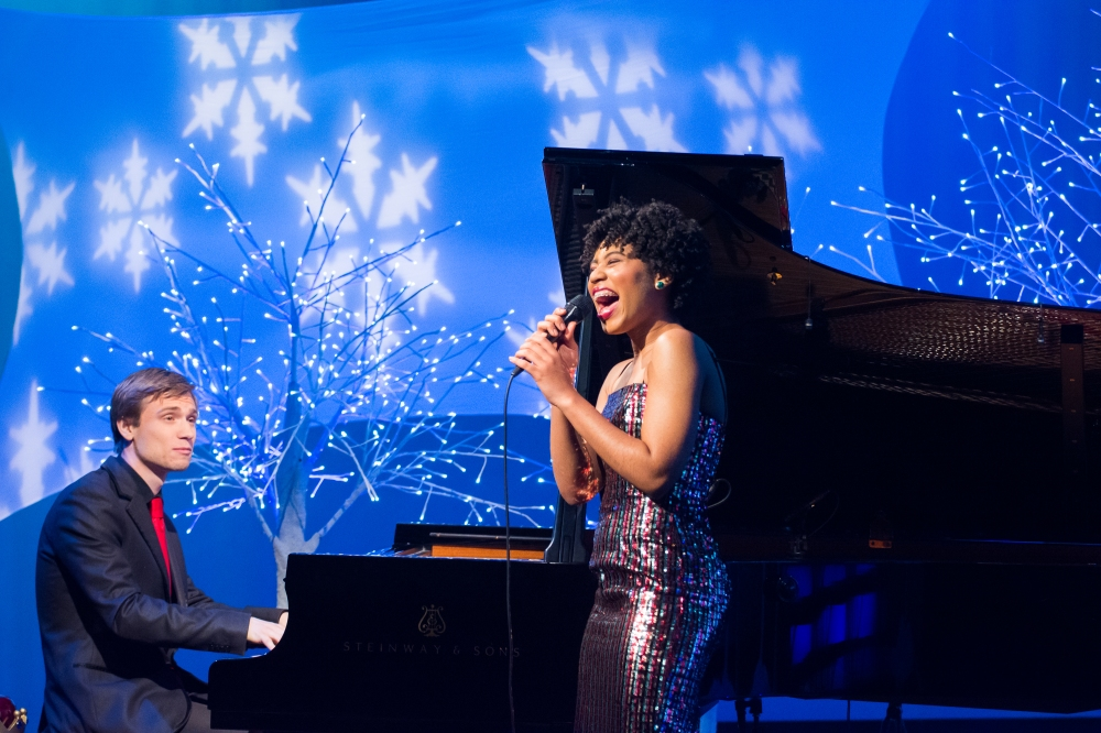 vocalist Darynn Dean and pianist Matthew Thomson perform Jingle Bells on Tis the Night (Sam Brewer - WGBH)2