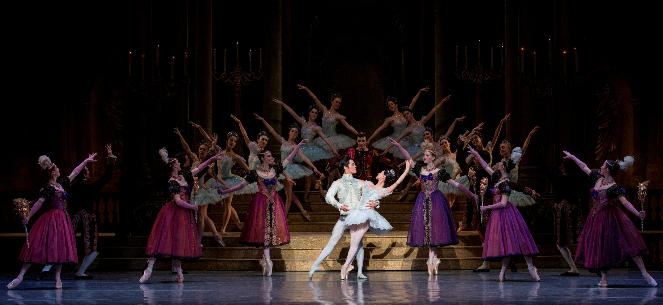 Jeffrey Cirio and Misa Kuranaga in Ashton's Cinderella ©Gene Schiavone
