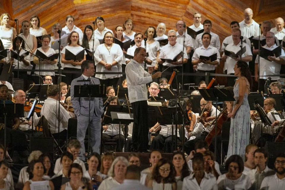Boston Landmarks Orchestra Jennifer Ellis Matthew DiBattista, Maesto Wilkins, and One City Choir