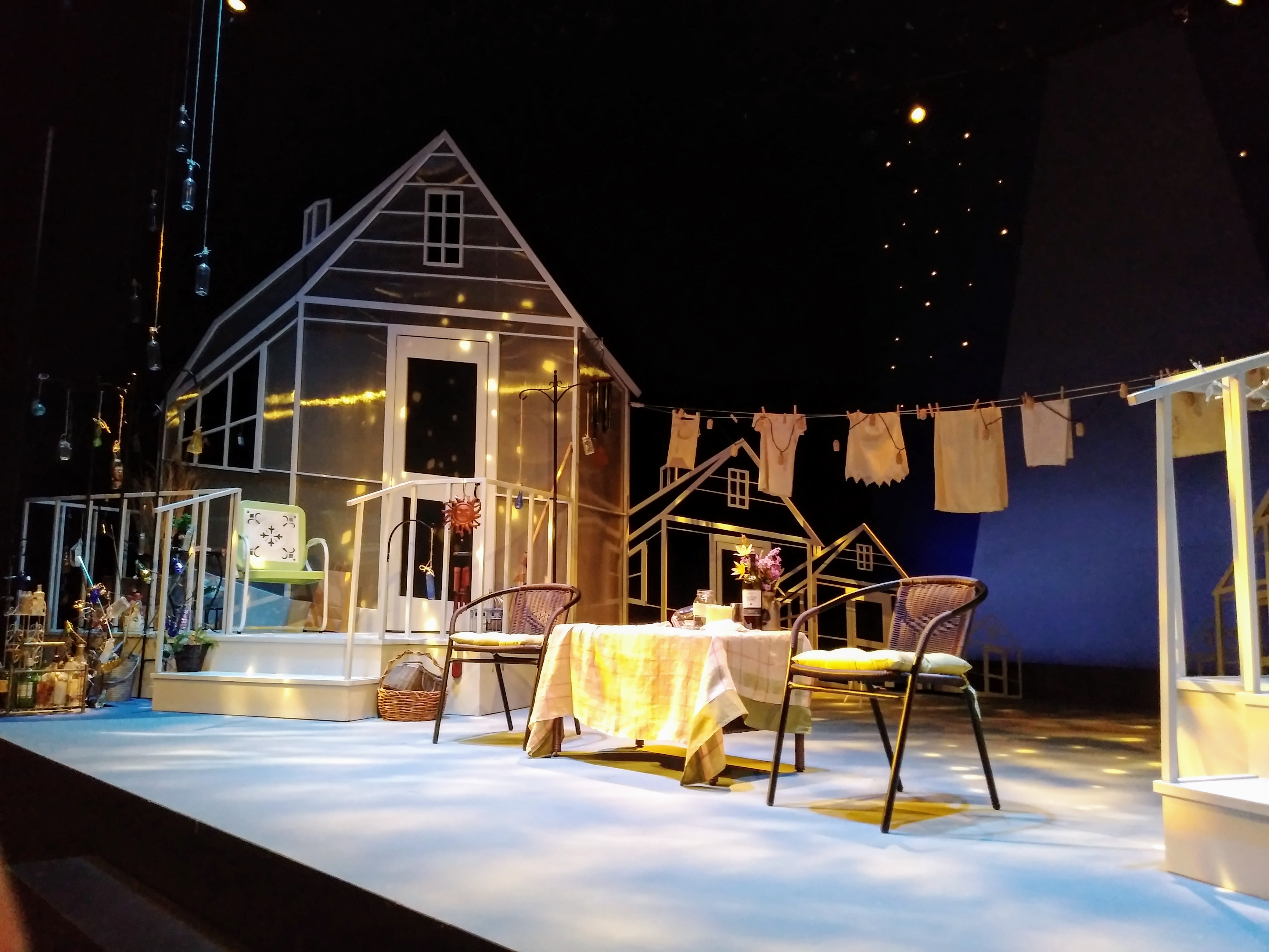 Merrimack Repertory Theatre's 'Maytag Virgin' set