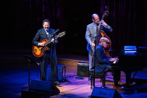 John Pizzarelli Trio with John Pizzarelli, bassist Mike Karn and pianist Isaiah Thompson Photo credit: Robert Torres